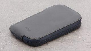 Bellroy Elements Phone Pocketのレビュー。サイクリングに最適な財布の紹介