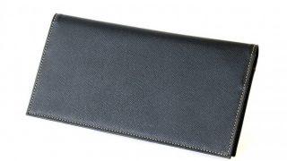 最も薄く、軽い長財布。FRUHの長財布はスーツに最適な財布