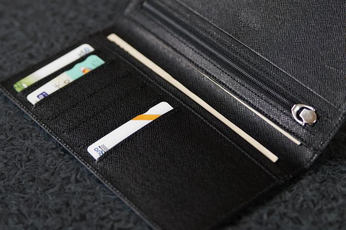 FRUH 薄い長財布 カード入れ