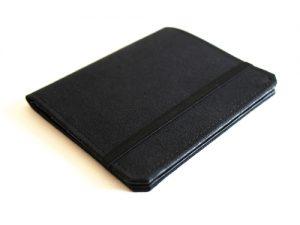 テニュイス 薄い小型財布
