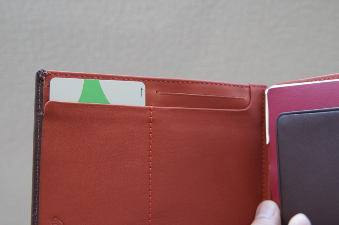 bellroy TRAVEL WALLET カード
