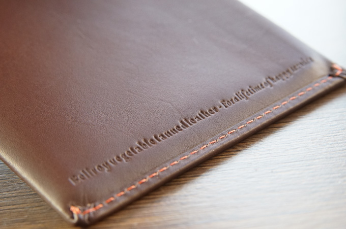 bellroy TRAVEL WALLET 素材