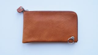 Cramp L字ファスナーロングウォレットのレビュー。日本一スリムで短いL字ファスナー財布の紹介