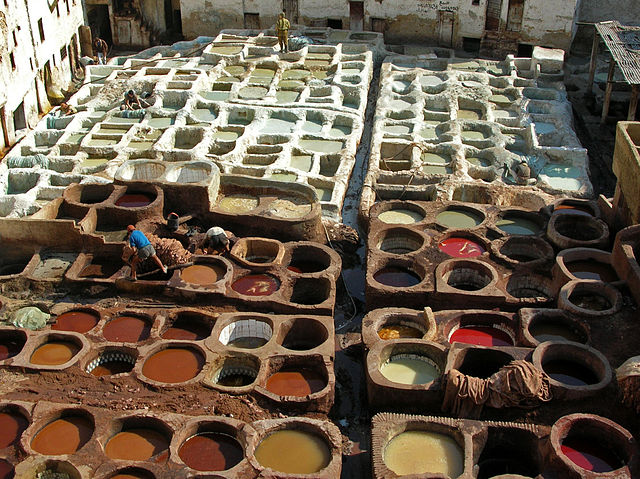 640px-Leather_tanning,_Fes