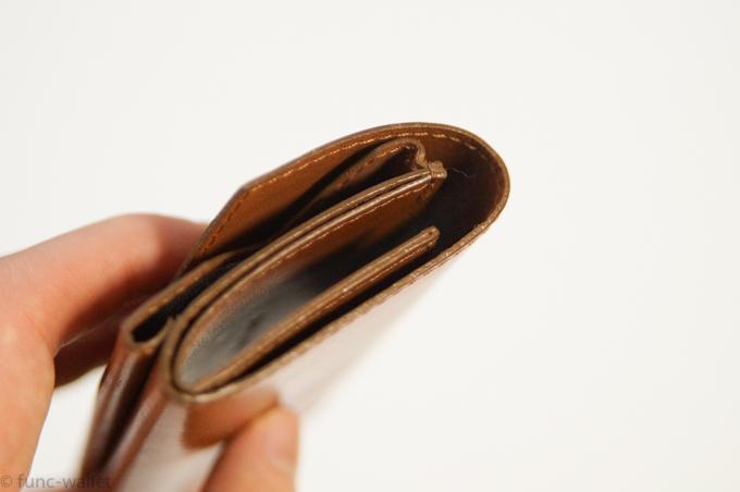 小さい財布abrAsus コバ