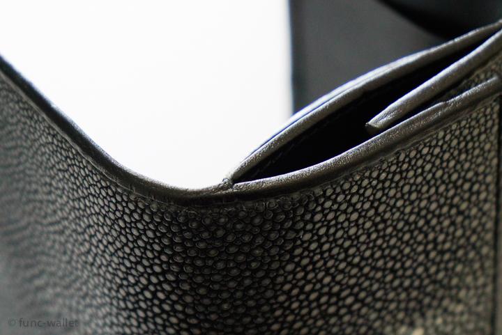 BAHARI-compact-wallet-18
