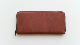 ヴィンテージリバイバルプロダクションのroundzip slim walletのレビュー。スリムさと使いやすさを追求したラウンドファスナー長財布。