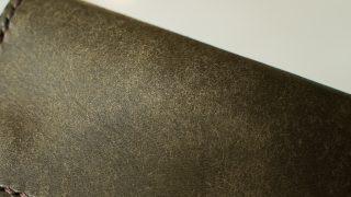 プエブロとはなにか。バダラッシカルロ社の毛羽立ちレザーの特徴にせまる