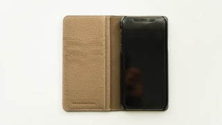 BONAVENTURA TOGO DIARY CASEのレビュー。シュランケンカーフを使ったiPhoneケース