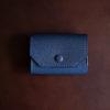 IKUMA Dobrar Walletのレビュー。フランスのヤギ革を使った小さな財布