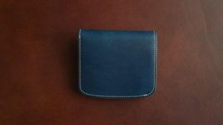 チマブエ ミニ財布のレビュー。二つ折りの小さな財布の使い勝手について